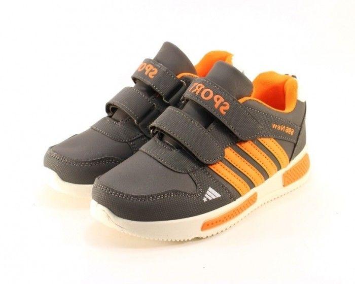 Дитячі кросівки - якісне взуття для хлопчика