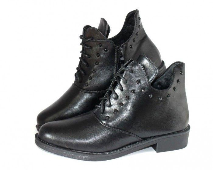 Купити красиві черевики - і Ви в центрі уваги!