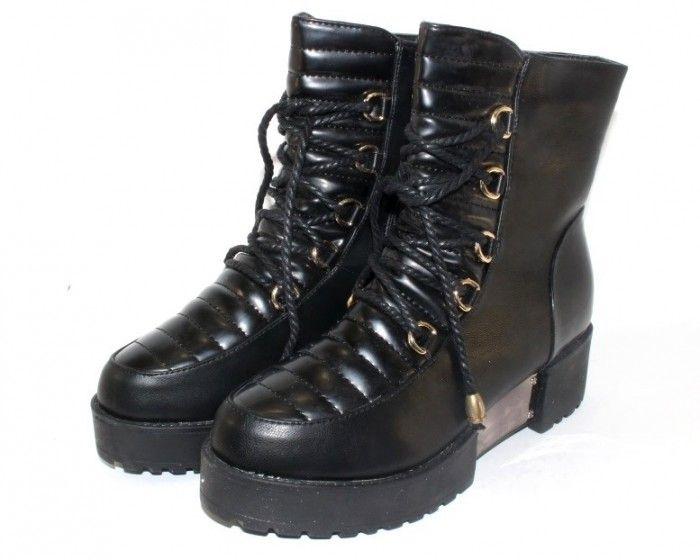 Теплые и удобные женские ботинки на толстой подошве