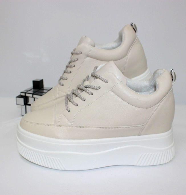 Сникерсы - кроссовки на скрытой танкетке 555-121 - кроссовки на платформе, купить кроссовки на танкетке
