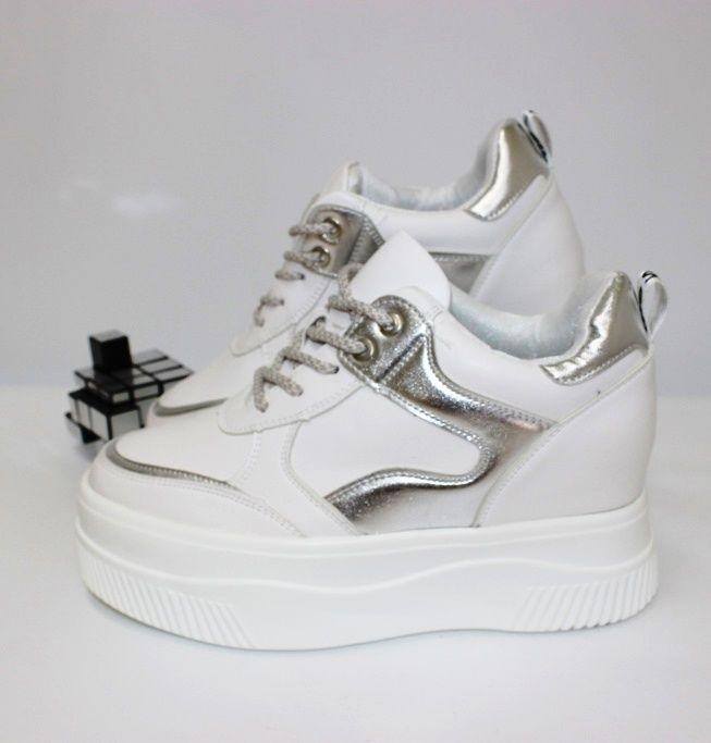 Сникерсы - кроссовки на скрытой танкетке 555-125 - кроссовки на платформе, купить кроссовки на танкетке