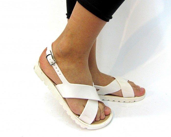 Детская обувь - босоножки и туфельки на любой возраст!
