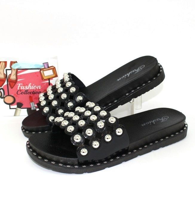 Ляпанці, в'єтнамки, босоніжки - літнє взуття 2019