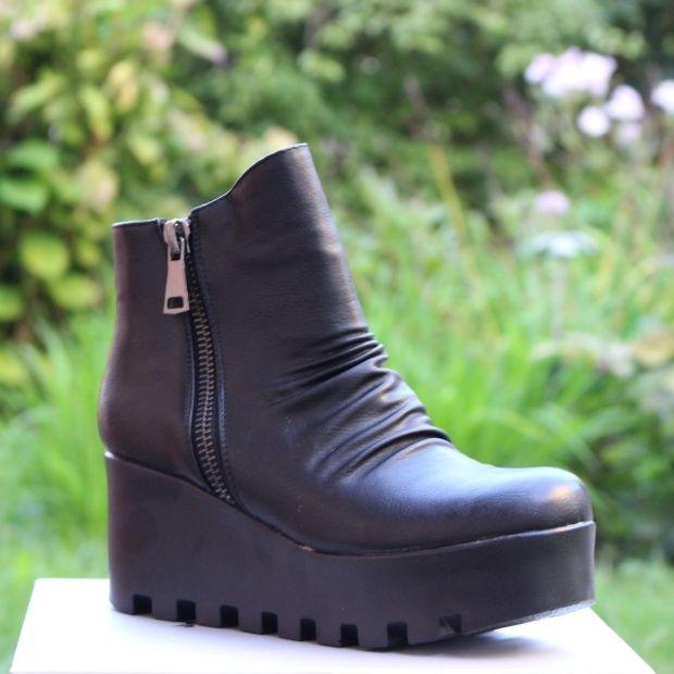 Ботинки осенние на платформе купить в Запорожье, купить женскую осеннюю  обувь Украина 1 ... abd65b8dc0c