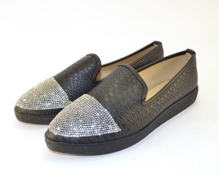 Жіночі туфлі за найнижчими цінами в Україні