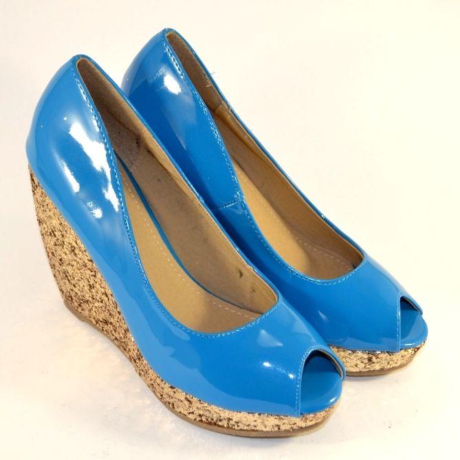 Літні блакитні модельні туфлі на танкетці дешево, жіноча літнє взуття в сандалях