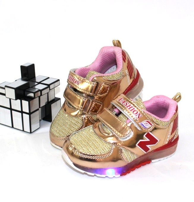 Кроссовки с фонариками F810-6 - купить детские кроссовки для самых маленьких девочек