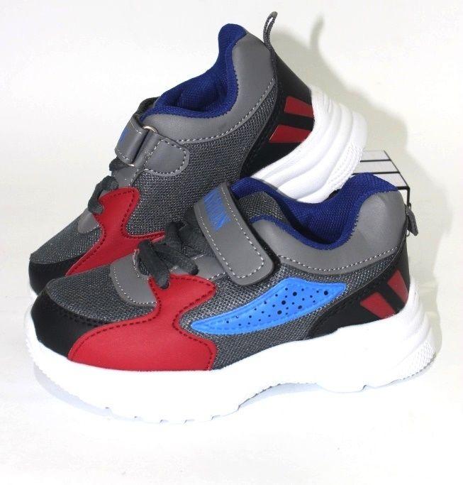 Красивые кроссовки для мальчика