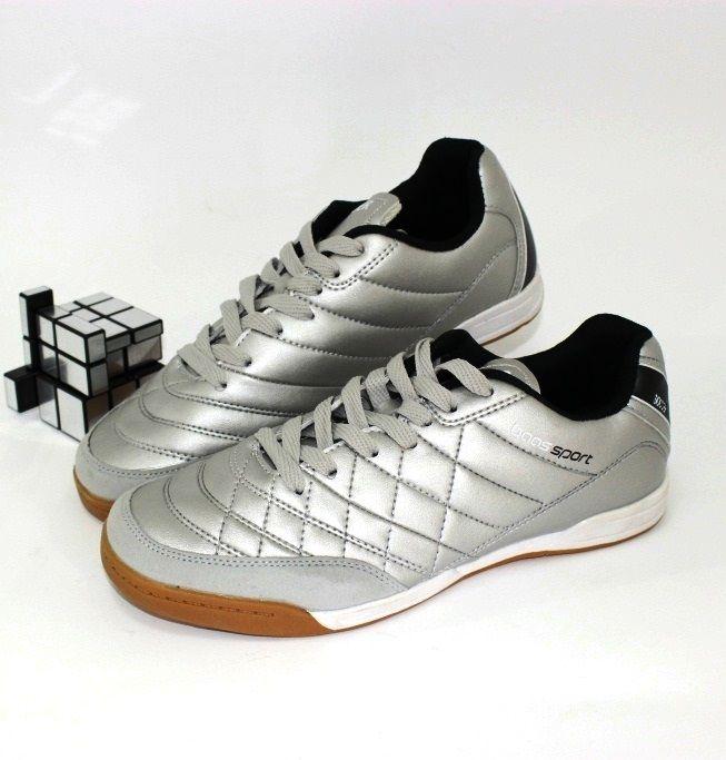Купити кросівки в сандалях, чоловіча спортивне взуття Україна, купити кросівки для чоловіків