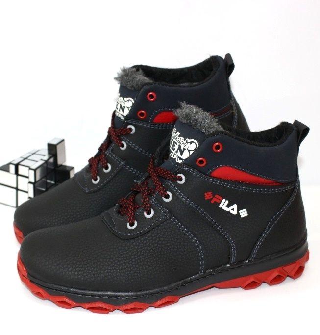 Черные зимние ботинки на красной подошве для мальчиков