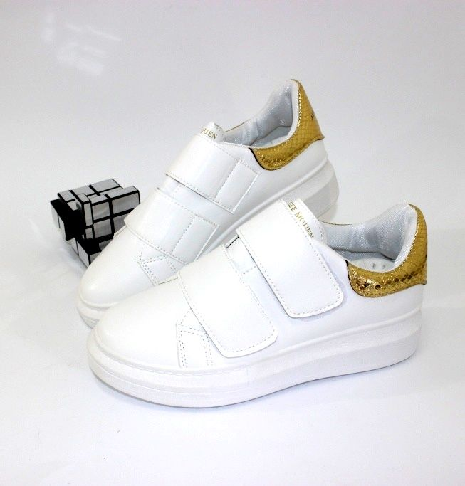 Оригинальные кроссовки на липучках P703-7 - купить девочкам для школы