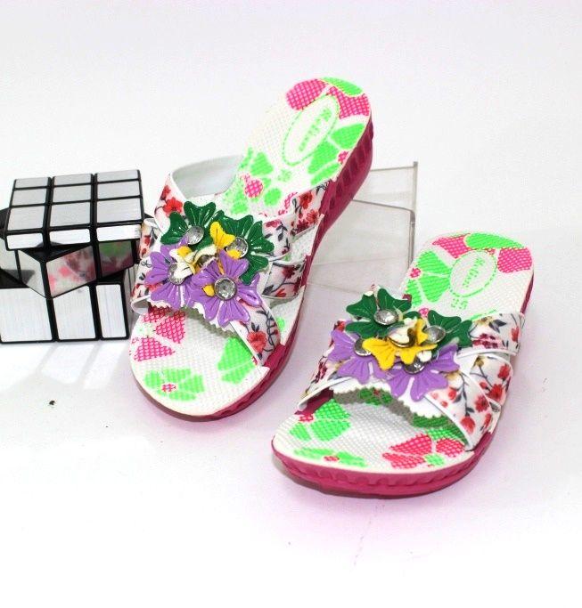 Дитяче взуття для дівчаток і хлопчиків дешево з доставкою.
