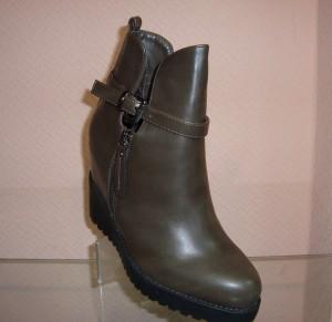 Модные и стильные женские ботинки по низким ценам!