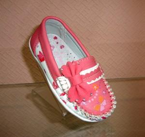 Купить детские туфли для девочки, школьная обувь в розницу на сайте Туфелек