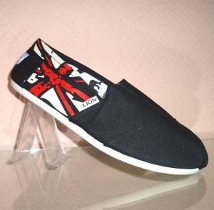 Спортивная мужская обувь по низкой цене!