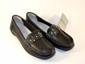 Женские туфли - мокасины