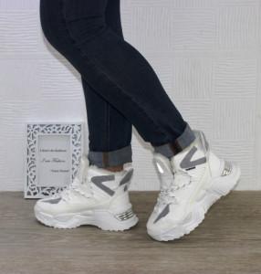Жіночі зимові кросівки