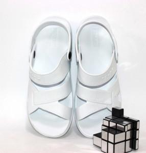 Крокси, сабо, пляжне взуття