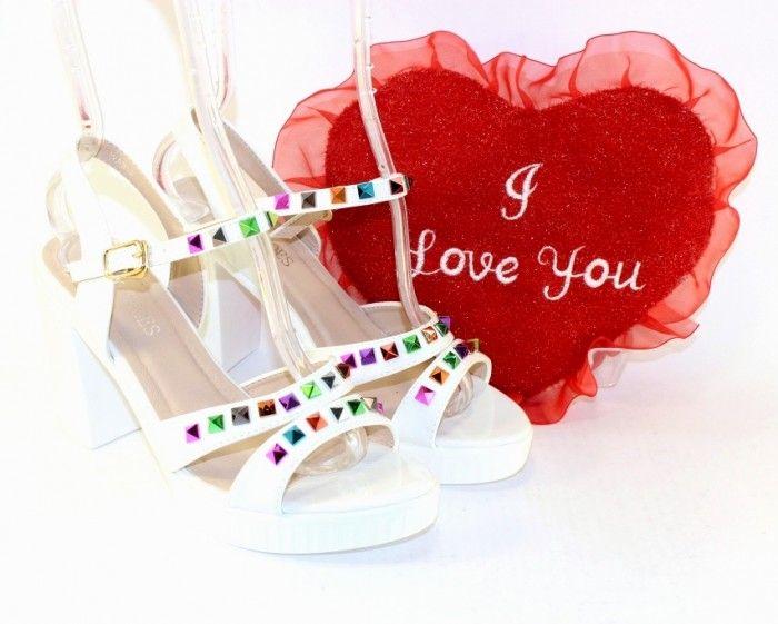 Купить босоножки женские на каблуке недорого, низкая цена на босоножки, босоножки недорого